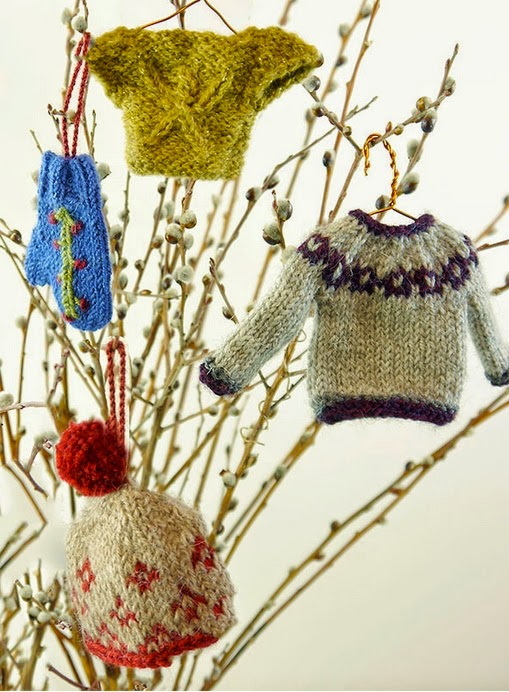 Knit Pattern Sweater Ornament : The Fuzzy Lounge: Christmas Knitting: Tiny Sweater Ornaments