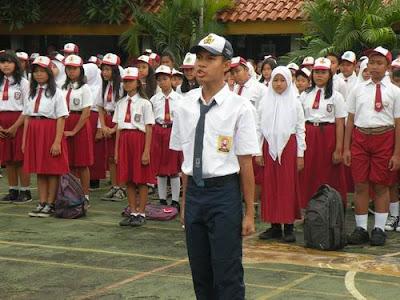 cerkak-bahasa-jawa-hari-pertama-masuk-sekolah