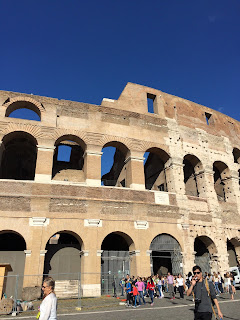 Vue du Colosseo - Colisée - Facade rénovée - Rome