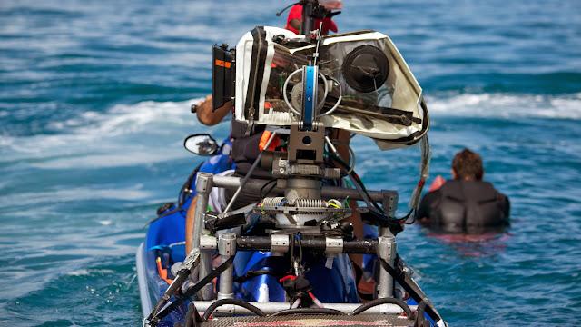 point break 2 le llaman bodhi teahupoo septiembre 2014 Fotos Ted Grambeau camara en moto de agua
