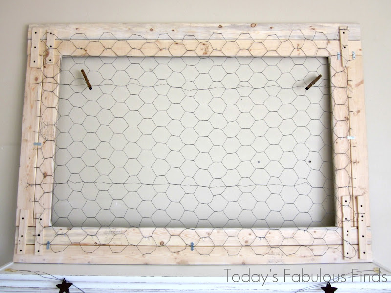 Today\'s Fabulous Finds: Large Chicken Wire Frame and Barnwood ...