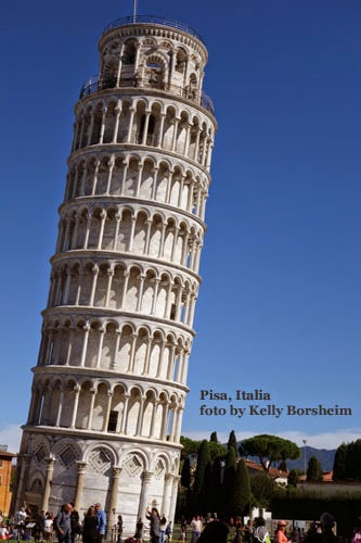 Pisa Italy Leaning Tower Illusion lean right