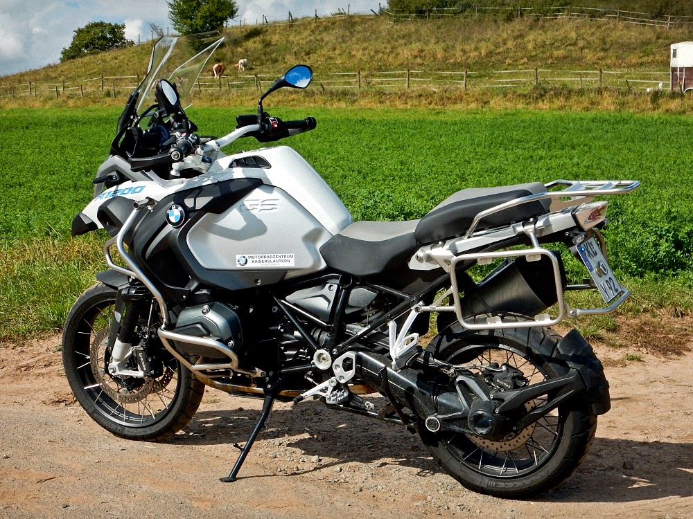 moto minya macht bmw r 1200 gs adventure. Black Bedroom Furniture Sets. Home Design Ideas