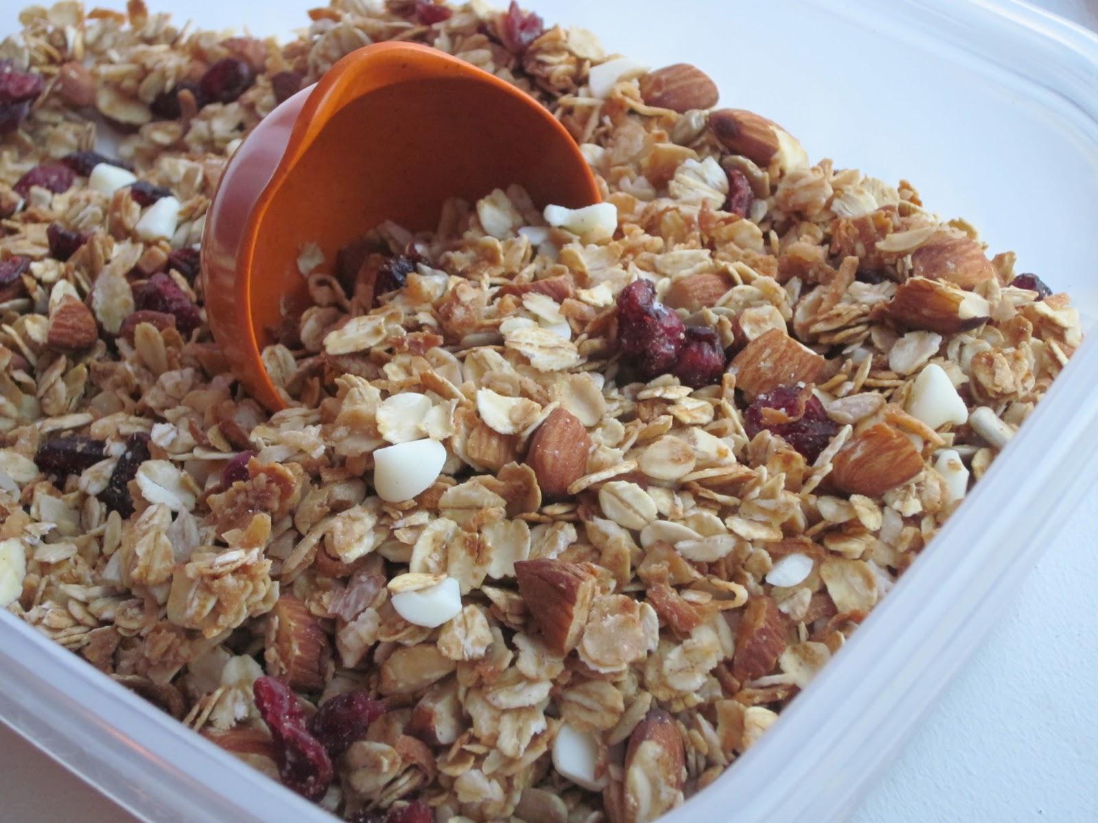 Sweet Luvin' In The Kitchen: Orange Cranberry Granola