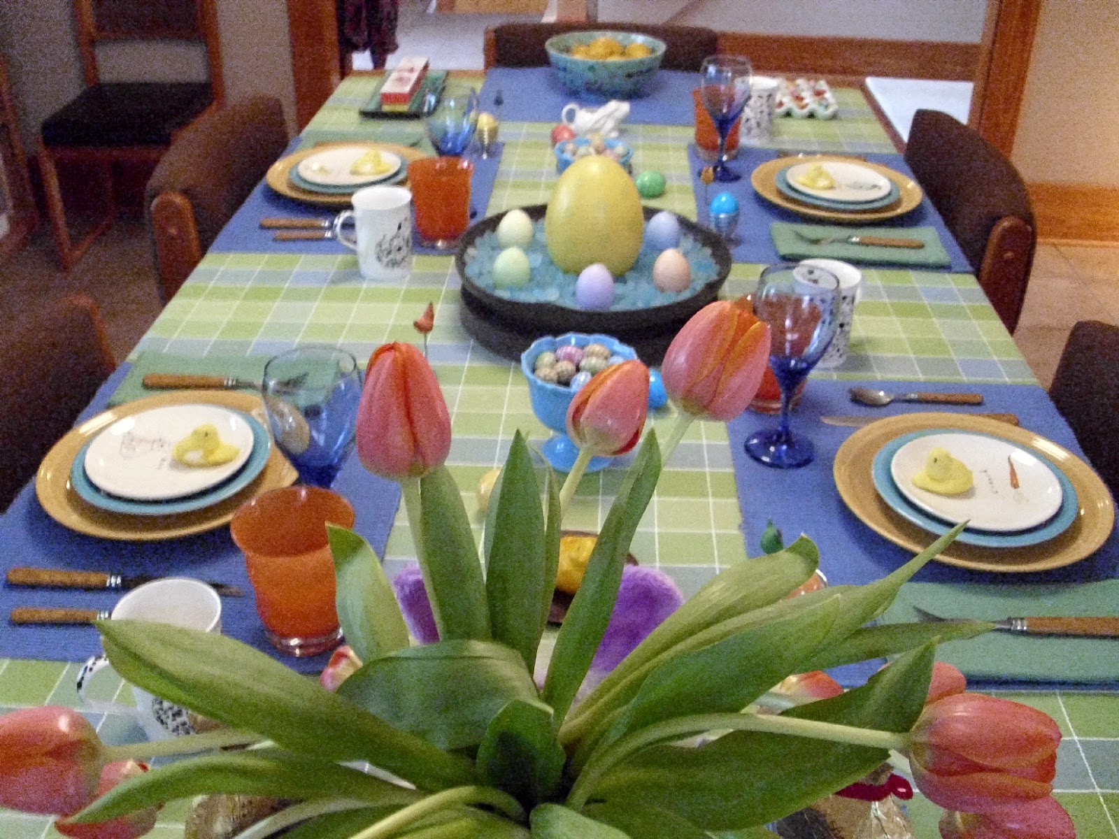 Gafunkyfarmhouse on the homefront easter brunch table for Table 6 brunch menu