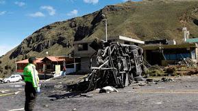 Autobús accidentado en Ecuador no tenía autorización para viaje internacional