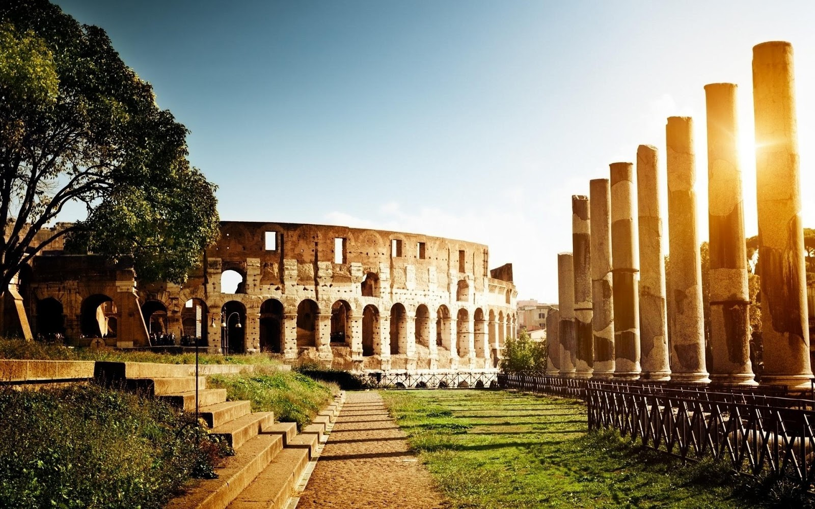 Colosseum Of Rome Italy Fun Wonders Tourism Travelling