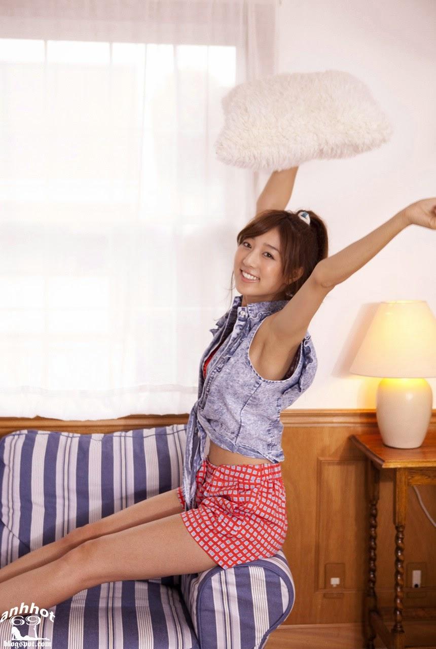 moyoko-sasaki-01425842