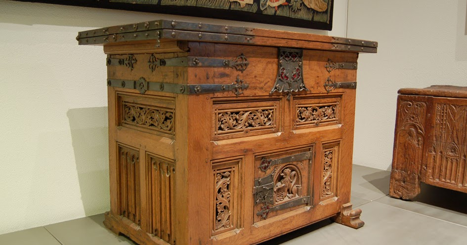 St. Thomas guild - medieval woodworking, furniture and other crafts ...