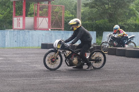 Foto-Foto Drag Bike Sentul 24 November 2013