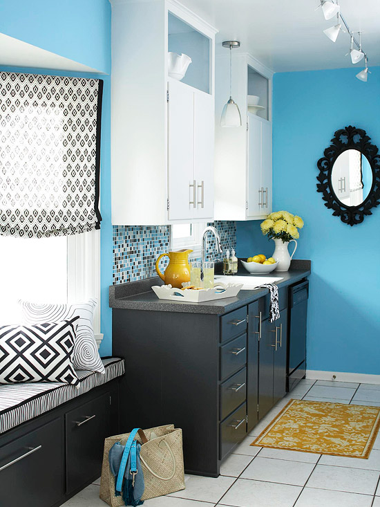 New home interior design contemporary galley kitchen makeover for Black and white and teal bathroom ideas