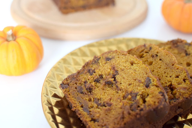 Halloween pumpkin chocolate chip bread recipe