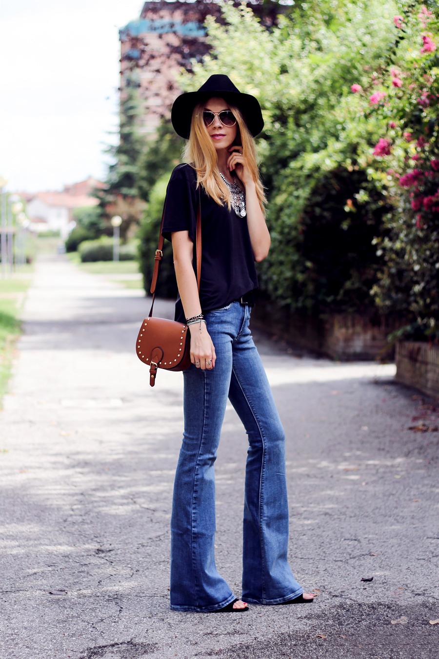 flare jeans, bohemian statement necklace, fashion blog, street style