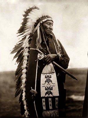 Guerrero sioux y plumas