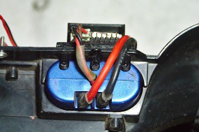 tamiya - LiPo battery holder for old Tamiya bathtub chassis CC01-bottom