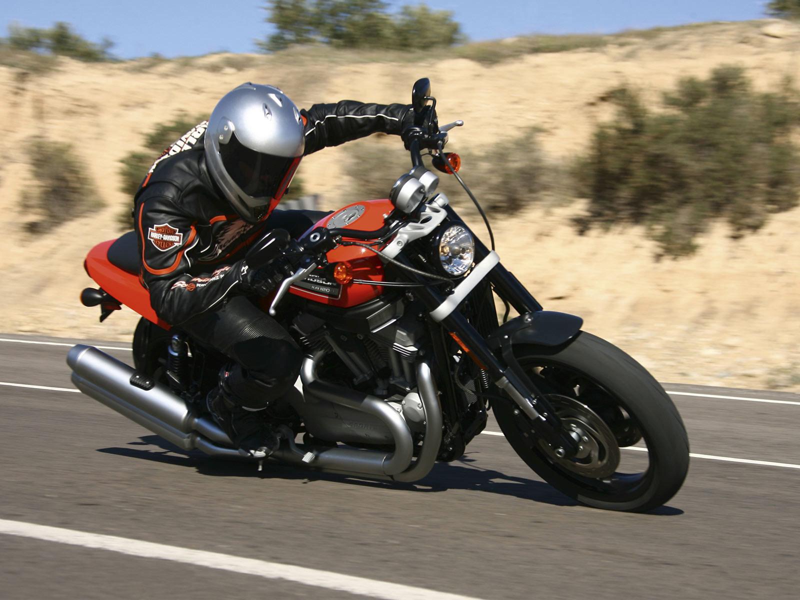 Мотоцикл Харлей -Дэвидсон 2 (P020)
