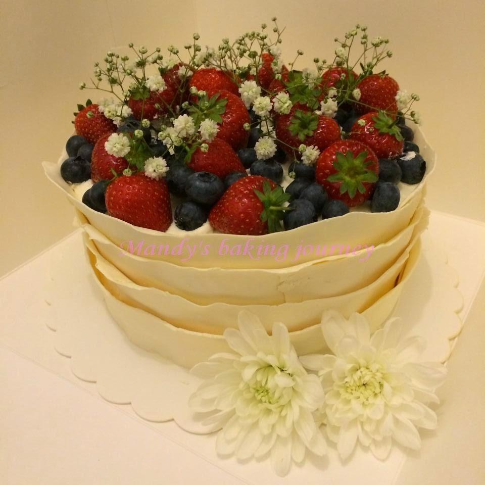 Mandy's baking journey: White modelling chocolate