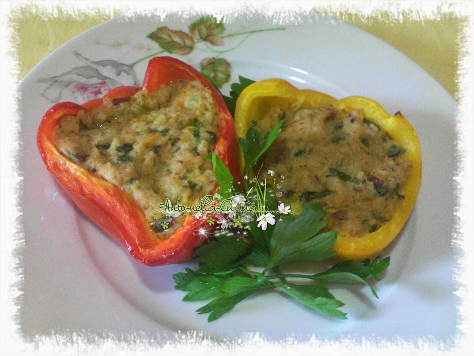 peperoni al forno, ripieni di tonno e fiori di zucca...