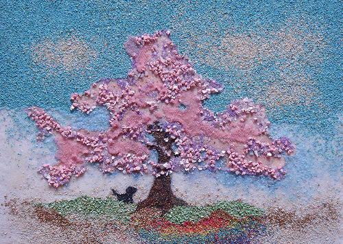 Colored sand painting by Ako Tsubaki