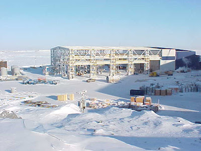 Constructing_Diavik_Diamond_Mine_1