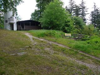 Turm, Markgrafenhütte und Grillplatz auf dem Mahlberg