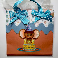 Gift card tote tutorial with Beth