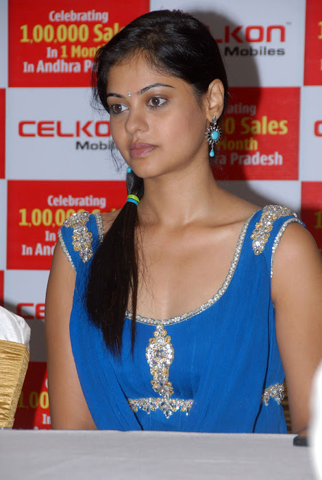 bindhu madhavi at celkon mobile successmeet, bindhu madhavi latest photos