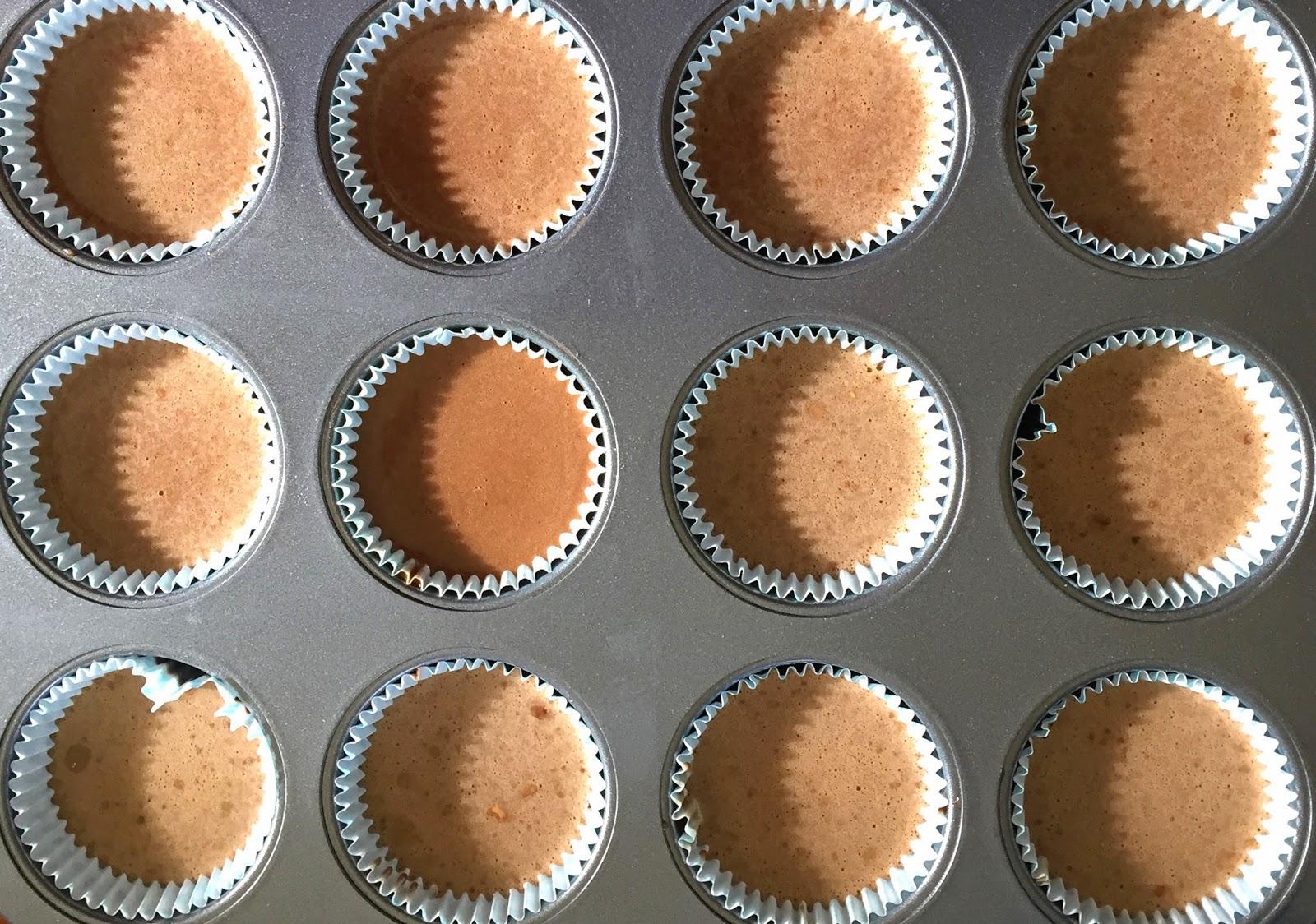cupcakes de chocolate con galleta