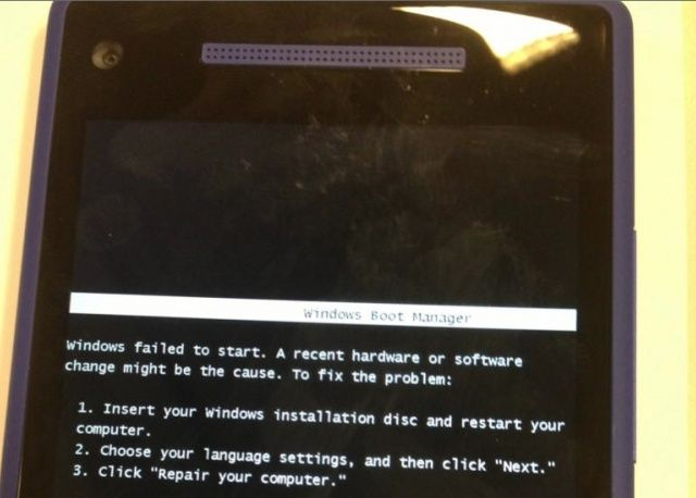 Nuevo error de Windows Phone pide insertar CD de instalacion