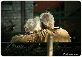 La sociedad con los ancianos