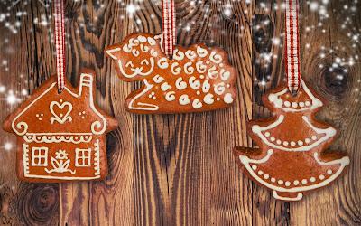 Christmas-gingerbread-ornaments-1920x1200-wallpaper-adornos-de-galletas-de-jengibre