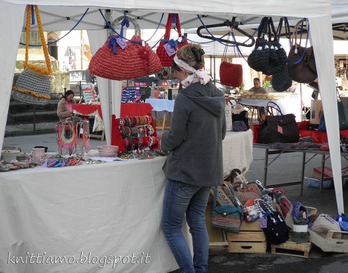 Piazza san francesco mercato