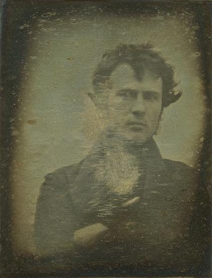 Η πρώτη φωτογραφία ανθρώπου από το 1839