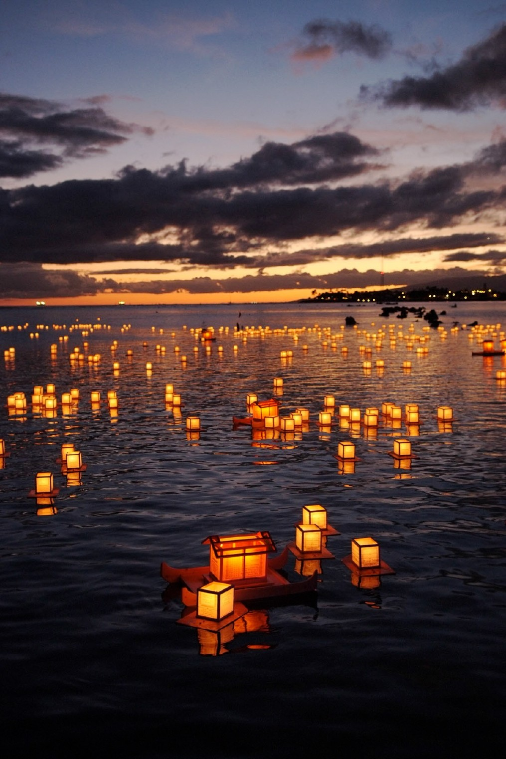 Travel Trip Journey : Floating Lanterns, Honolulu, Hawaii