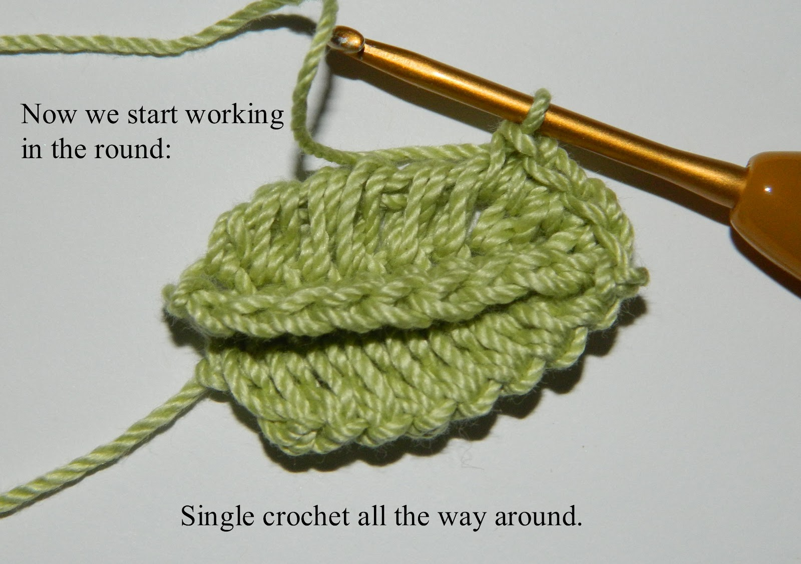 Crochet Leaf : Here is my leaf on the left and a picture of the leaf on Pinterest on ...