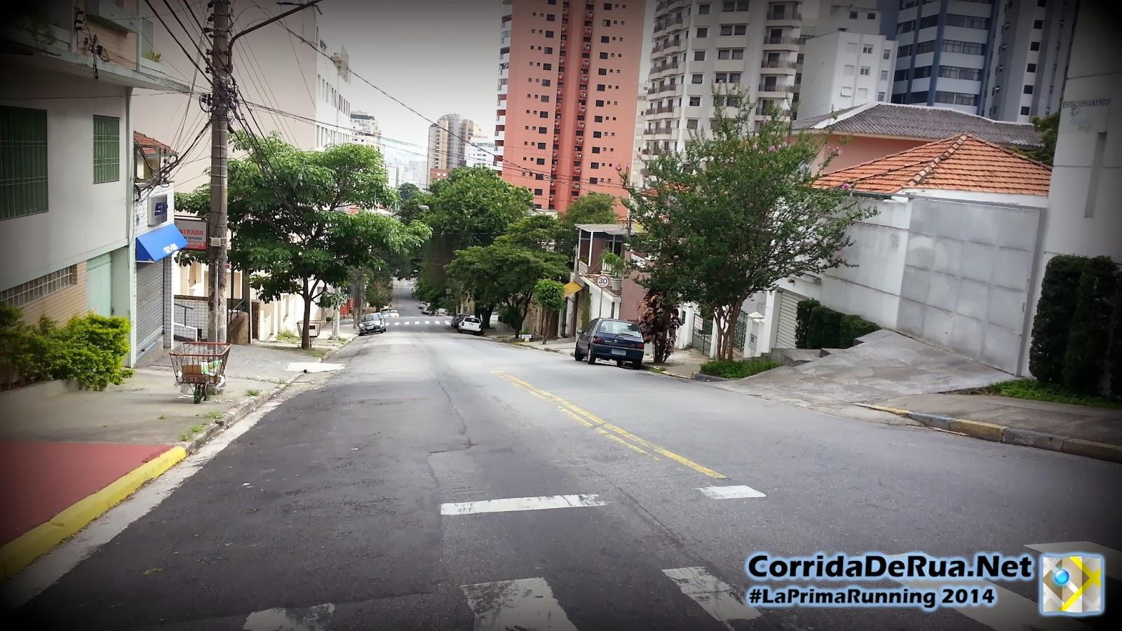 Rua Aimbere, no cruzamento com a Alfonso Bovero - Corrida De Rua