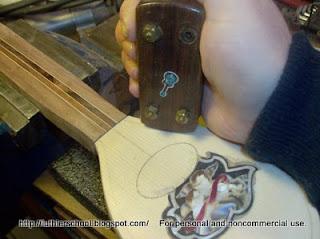 Η χρήση του purfling cutter