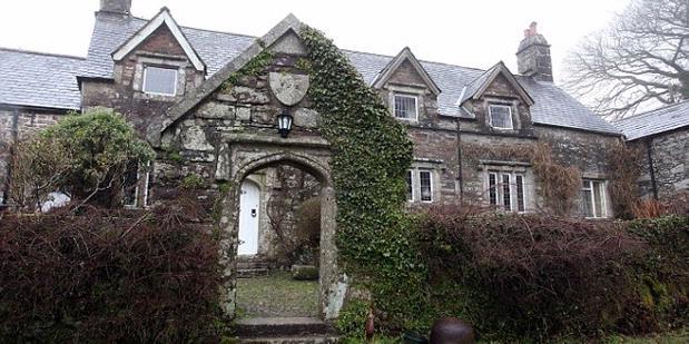 Rumah Paling Tua di Inggris