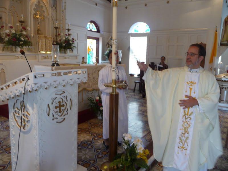 Catholic Islander News: New Ambo Blessed