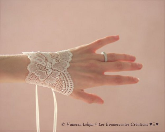 bracelet  mitaines dentelle francaise délicate raffinée