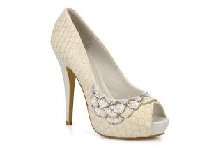 Zapato Peeptoe de menbur para novias