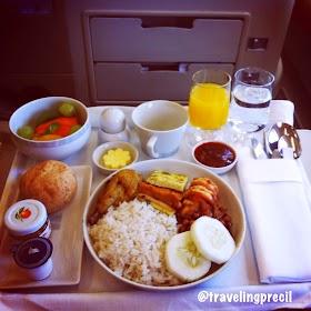 Pengalaman Pertama Terbang dengan Kelas Bisnis Singapore Airlines