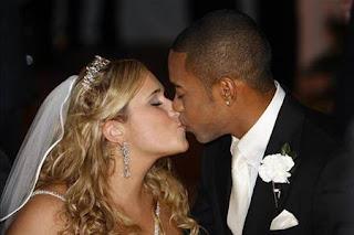 Robinho with Wife
