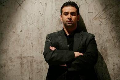 الأطباء ينصحون كريم عبد العزيز بملازمة الفراش
