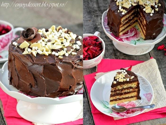 Tort simplu cu ganache de ciocolata