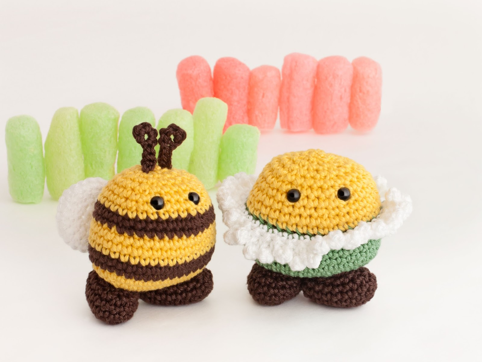 amigurumi-abeja-flor-bee-flower