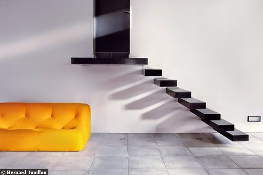 Concrete Staircase Design With Floating Design For Modern Interior