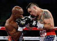 BOXEO - Bradley dejó KO a Ríos y contiene el cinturón welter de la OMB