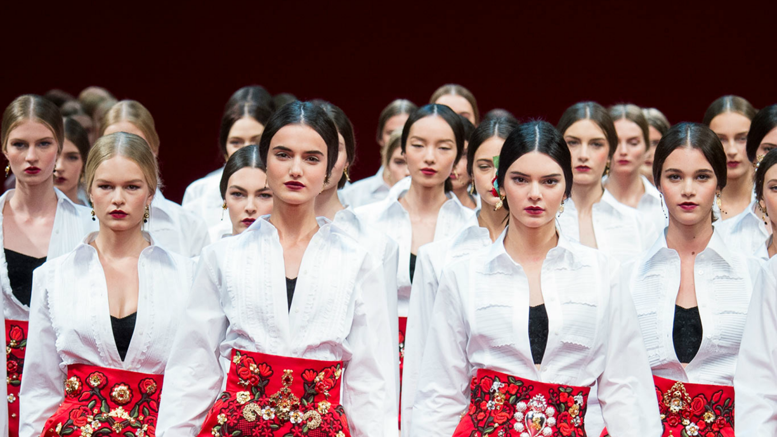 dolce and gabbana, milan fashion week, fashion, fashion week, kendall jenner, models, runway, desfile, moda,