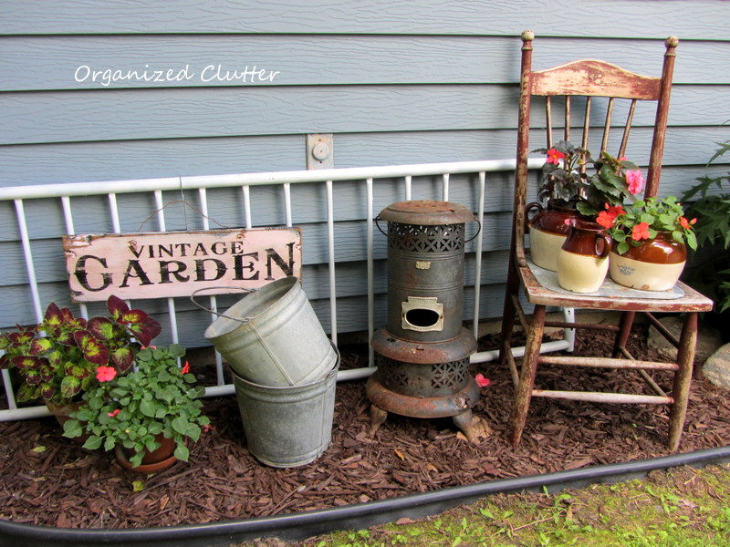 My garden tour 2013 organized clutter for Classic house with flower garden